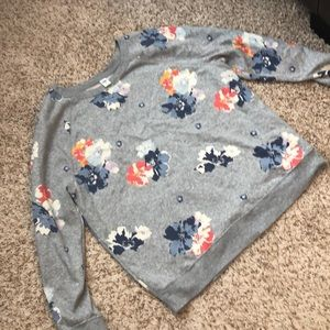 Old Navy gray floral sweatshirt
